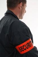 Agent-de-sécurité-avec-brassard2-Web